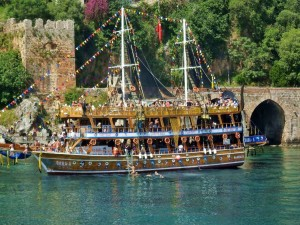 Boat Tour and Yacht Trip in Alanya
